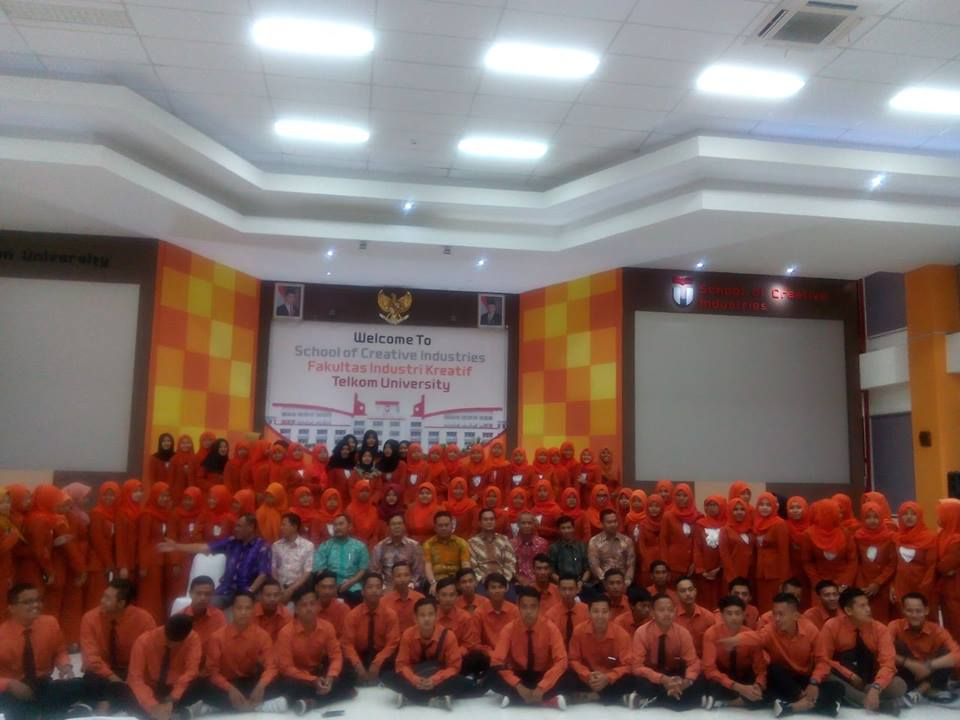 Mahasiswa FEBI UIN Walisongo Semarang KKL ke OJK Jakarta,BRI Syariah Jakarta dan Telkom University Bandung
