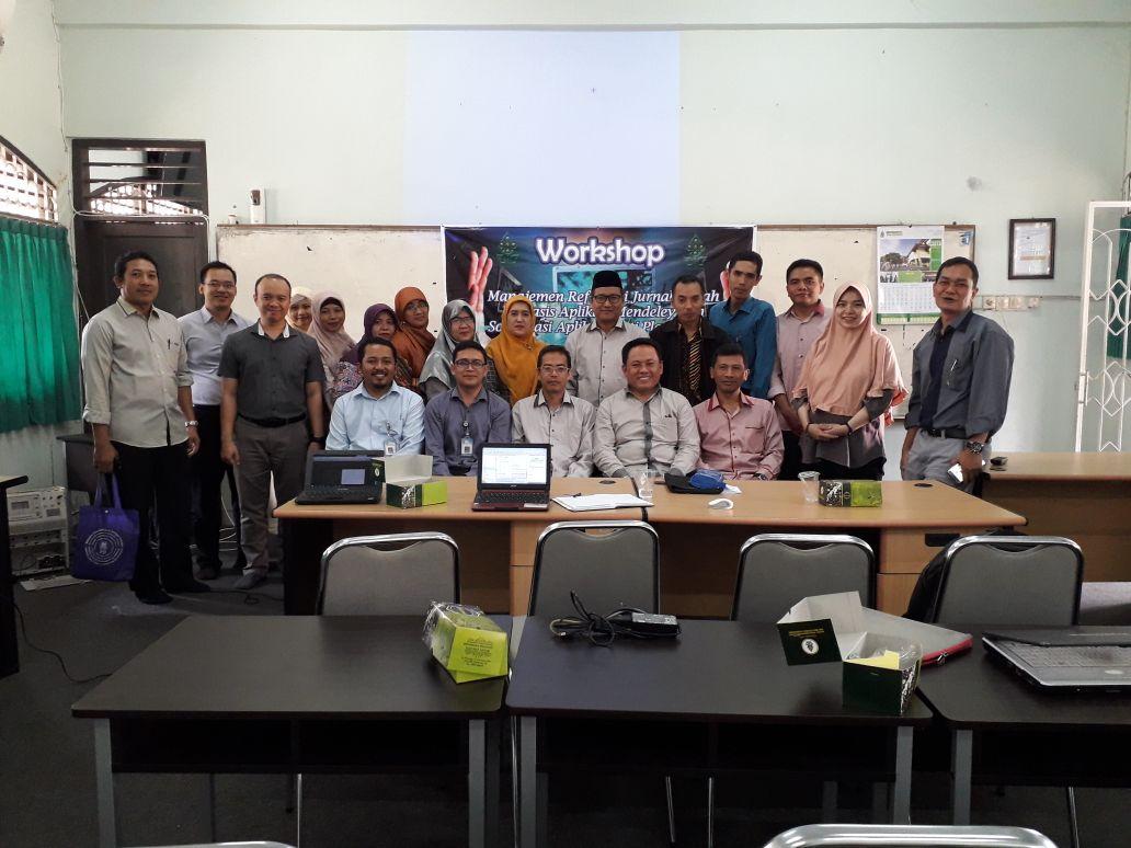 Workshop Manajemen Referensi Jurnal Ilmiah Berbasis Apilkasi Mendeley dan Sosialisasi Aplikasi Anti Plagiarisme