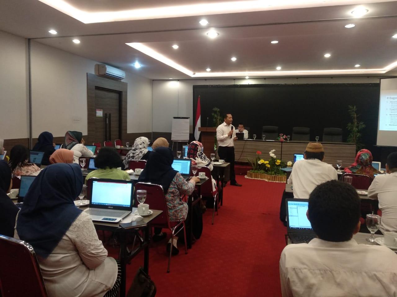 Tingkatkan Kompetensi Dosen, Prodi S1 Perbankan Syariah FEBI UIN Walisongo  Adakan Pelatihan Mendeley dan Tutorial PPT Inovatif