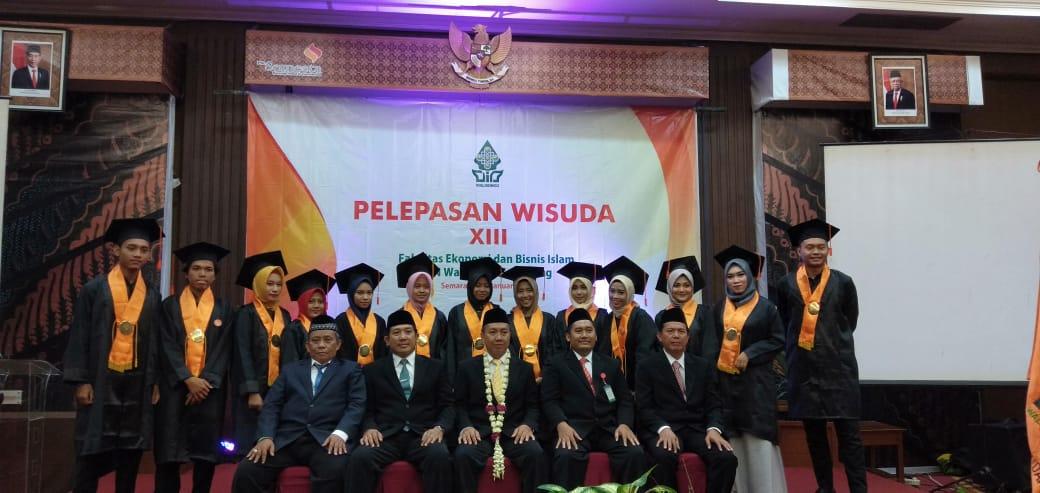 Fakultas Ekonomi dan Bisnis Islam UIN Walisongo Selenggarakan Pelepasan Wisuda Ke-13