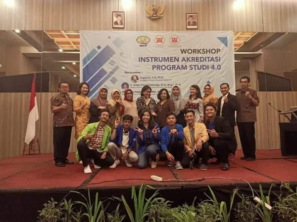 Mahasiswa Akuntansi Syariah ikut kelola kegiatan Workshop Kompartemen Akuntan Pendidik Wilayah Jateng