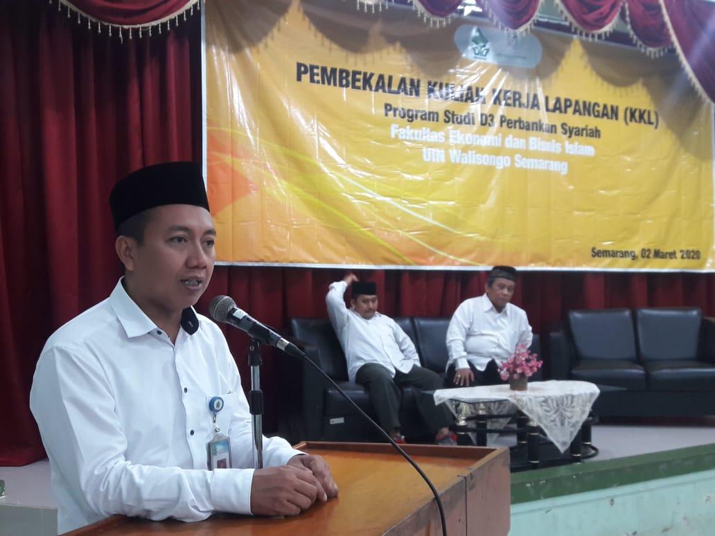 Pembekalan KKL Siapkan Mahasiswa D.3 Perbankan Syariah Ikuti Acara KKL Dalam Negeri dan Luar Negeri