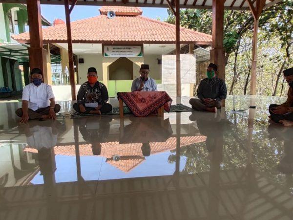 Jelang awal semester baru, FEBI UIN walisongo mengadakan Istighosah dan Doa Bersama
