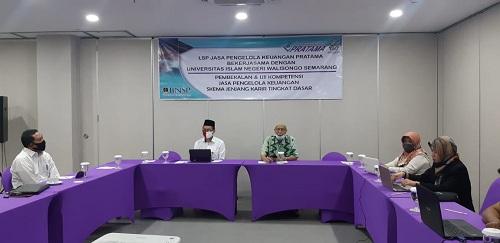 S1 Perbankan Syariah selenggarakan Pembekalan Uji Kompetensi Jasa Pengelola Keuangan Skema Jenjang Karir Tingkat Dasar